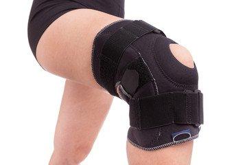 Sanitätshaus Bandage am Knie